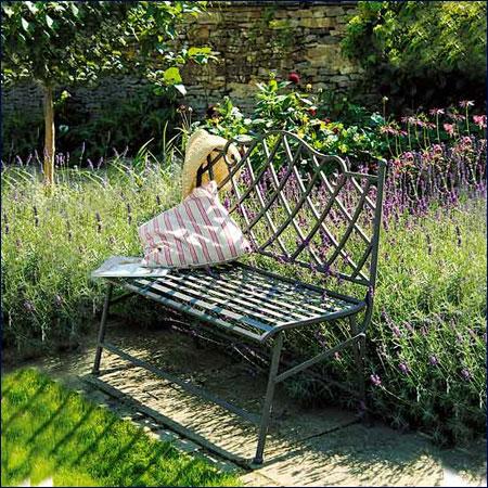 Sân vườn đẹp hơn với đồ ngoại thất phù hợp | ảnh 6