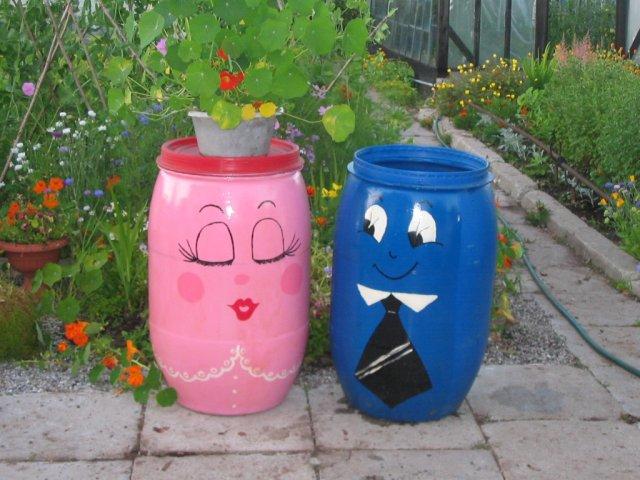 Tạo điểm nhấn cho sân vườn với thùng phi cũ | ảnh 8