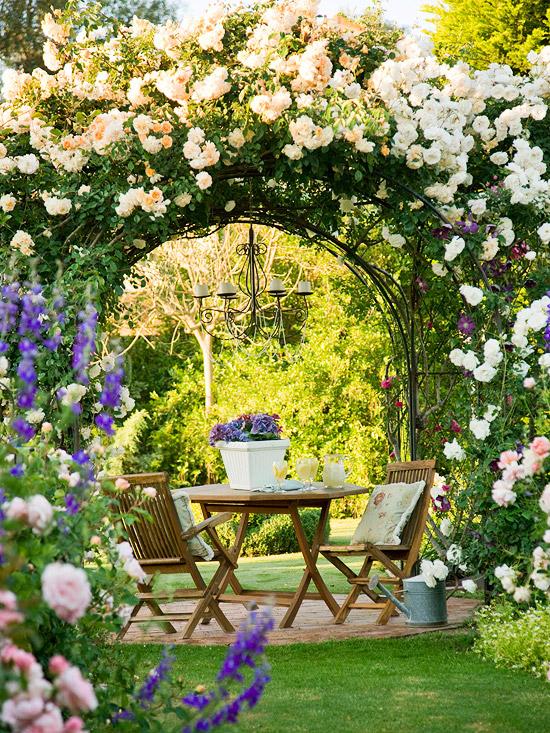Những lối vào nhà vườn thơ mộng với cổng hoa