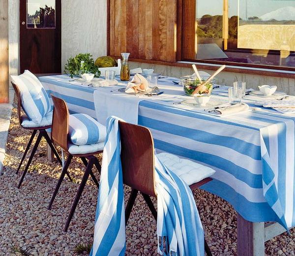 Trang trí cho bữa tiệc ngoài trời bằng khăn trải bàn | ảnh 3