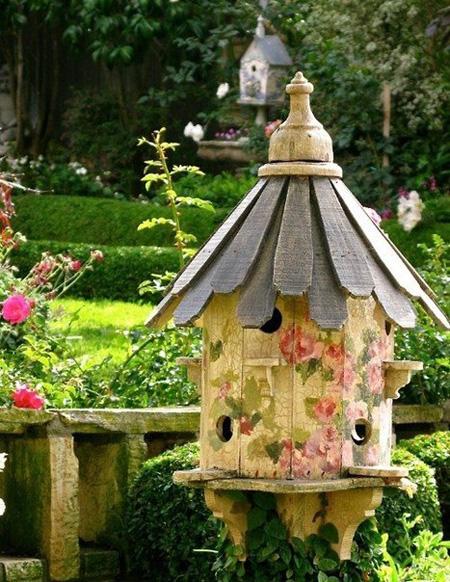 Dùng chuồng chim để...trang trí sân vườn | ảnh 5