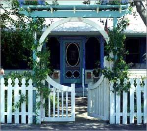 Ngôi nhà phong cách đồng quê với cổng gỗ | ảnh 4