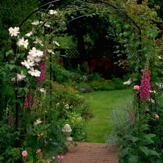 Cổng hoa rực rỡ đón khách vào nhà | ảnh 3